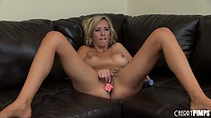 Well-proportional bird with blond hair Brett Rossi opens her pink hot box