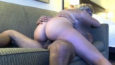 Nerdy blonde with a heavenly ass bounces on a thick pole on the couch
