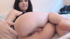 Homemade Anal Fuck With Toy In Her Pussy