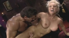 Horny babe Calli Cox gets eaten out and then drilled in her twat