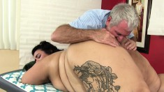 Mia's Juicy Peach Gets The Treatment It Deserves On The Massage Table