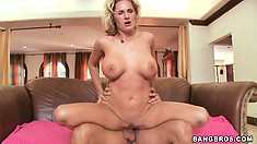 Sexy Zoe sucks that cock and fucks it like she's on a mission